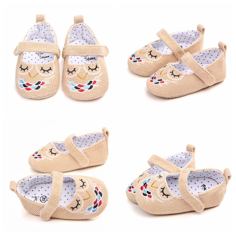 New Baby Shoes Embroidered with Cartoon Pattern Spring Autumn Cotton fabric Girl Shoes Infant Toddler Newborn Crib First walker