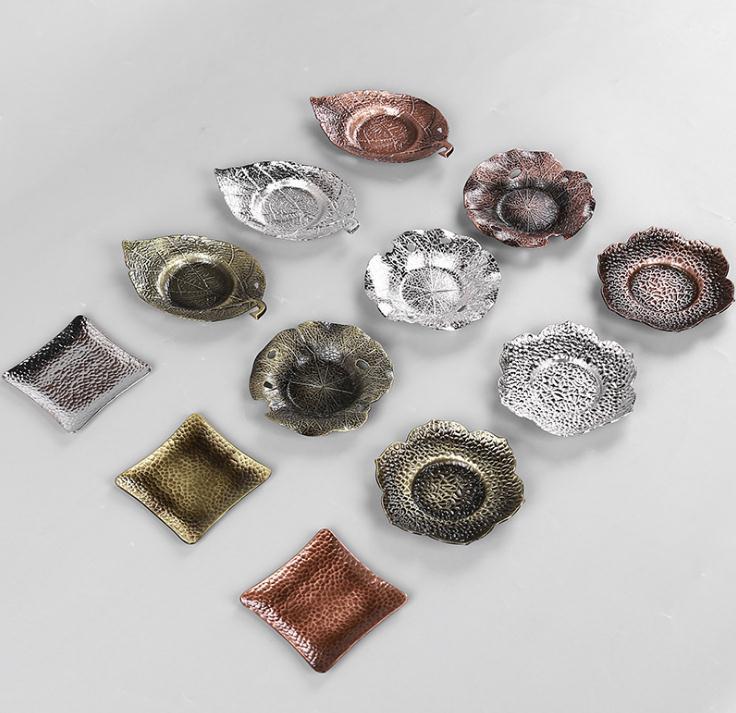 50 шт. творческий металл Чай лотки горячей изоляции плиты Pad Чай Ware Чай горшок в таблице протектор листьев Форма Чай инструменты SN1216