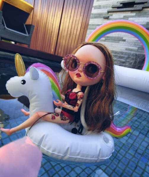Doll Accessories Inflatable Water Phone Drink Party Raft Holder Float Bathing Toys For Blythe Doll Summer Pool Tube For Barbie