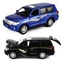 Modelos de Automóviles de Aleación 1:32 SUV Land Cruiser 4 Tirón de La Puerta Abierta Luz de fondo Música Vehículo de Metal Juguetes de Coches Para Niños Boy Collection regalo