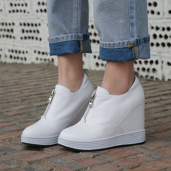 zorssar Brand 2019 Leather Casual Fashion Spring Summer Autumn Wedge Shoes For Women Creepers Female Platform Slip on Sneakers
