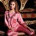XIFENNI Marca Mulheres Conjuntos de Pijama Pijama De Cetim De Seda Com Decote Em V Sexy Imitação de Seda de Alta Qualidade Bordado Sleepwear Pijama 9111