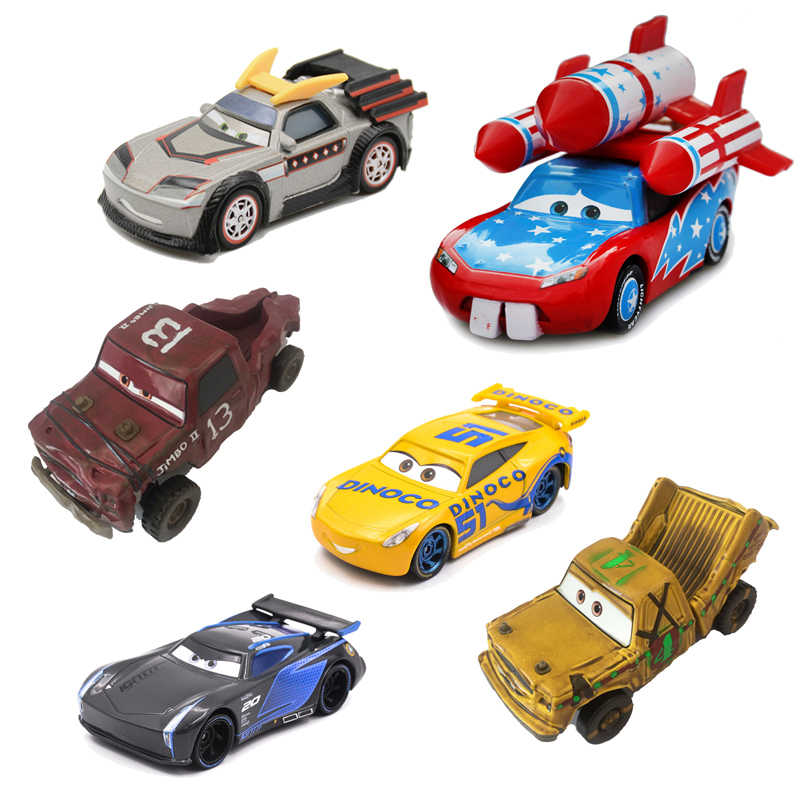 39 Style Scarce Disney Pixar Cars 3 2 Diecast Metal Car Rocket Lightning McQueen Mater Crazy Crashed Party Car Model Kids Gift