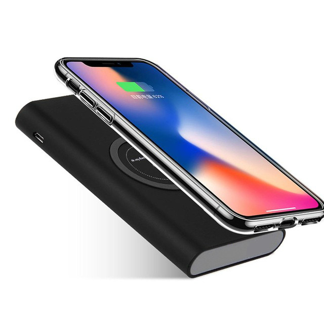 Real Wireless Charger 30000mAh Power Bank For iPhone X 8 Plus Samsung Note 8 S9 S8 Plus S7 Portable Powerbank Mobile PhoneReal Wireless Charger 30000mAh Power Bank For iPhone X 8 Plus Samsung Note 8 S9 S8 Plus S7 Portable Powerbank Mobile Phone