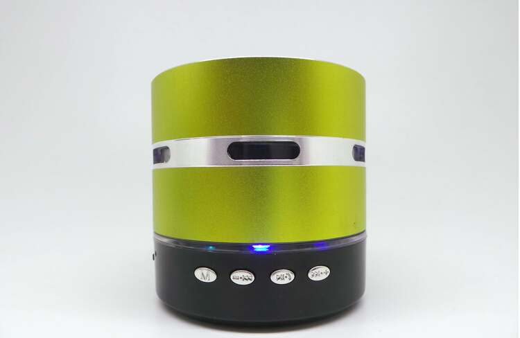 Envío gratis Mini Metal Estéreo portátil altavoz colorido LED - Audio y video portátil - foto 3