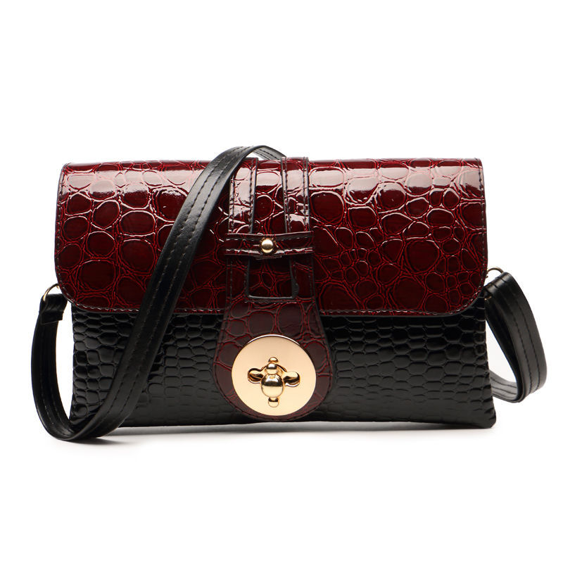 New 2016 Patent Leather Crocodile Women Messenger Bags Ladies Crossbody Shoulder Bags For Women Casual Bag Ladies Sac A Main woman in the summer of 2016 youth popular color patent leather crocodile pillow boston crossbody bag business mini pochette