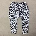 Muchachas de Los bebés del Leopardo de Nieve Pantalones Harén Niños Leopard Leggings Pantalones de Algodón Recién Nacido Otoño Primavera Moda 2017 Nueva 35C