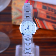 Bracelet Womens Watch Quartz Watches Shining Diamond popular Casual Multicolor Korean Fashion Waterproofd  luxury