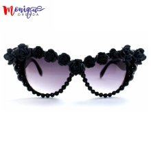 2017 Baroque Sunglasses Women Fashion Black Flower Retro Sunglasses Cat Eye Glasses For Ladies Brand Designer Oversize sungasses