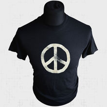 CND Logo T Shirt Retro Cool 70s 80s Campaign for Nuclear Disarmament New Shirts Funny Tops Tee Unisex