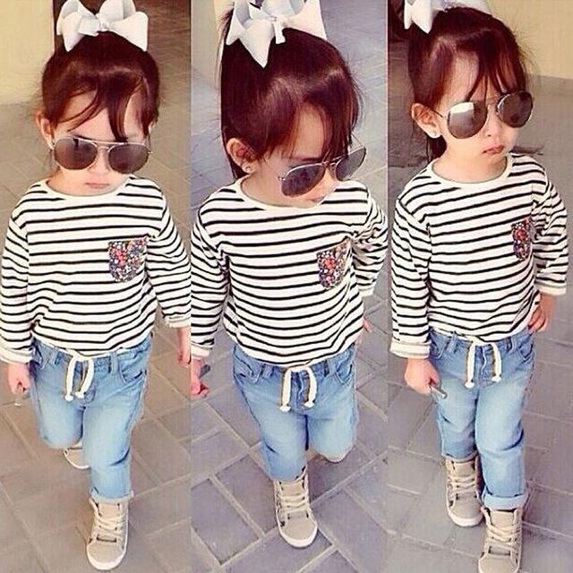 Primavera verão 2016 novas crianças de roupas definir menina listrada de manga comprida camisa e calça jeans dois conjuntos de estilo dos esportes da forma