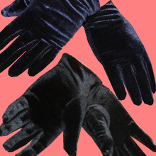 10pc / Lot Lady women velvet pleuche short gloves  free shipping wholesale