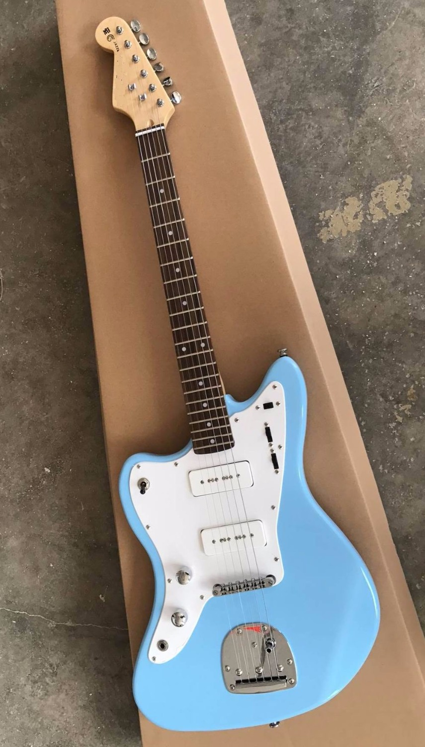 New Arrival Left Handed Upscale electric guitar In Light Blue 170429 new arrival musical instrument vintage sunburst classic es electric guitars china left handed available