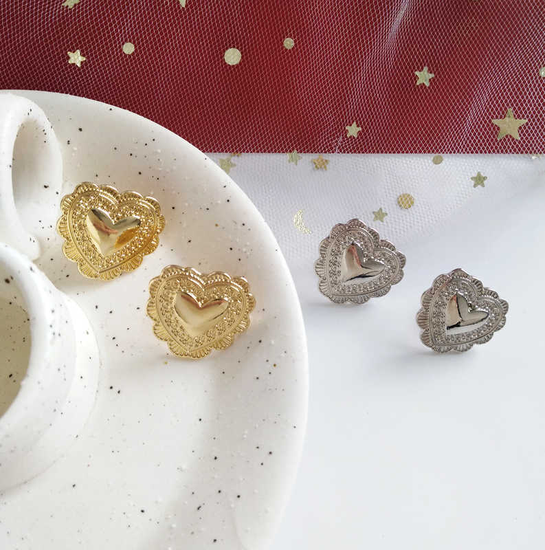 New Design Gold Silver MetallicGold Silver Heart Stud  Earring For Woman