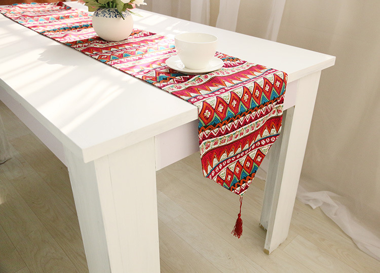 ESSIE HOME Hand Screen Print Kilim Pattern Ethnic Pattern Double Side Table Runner With Tassel