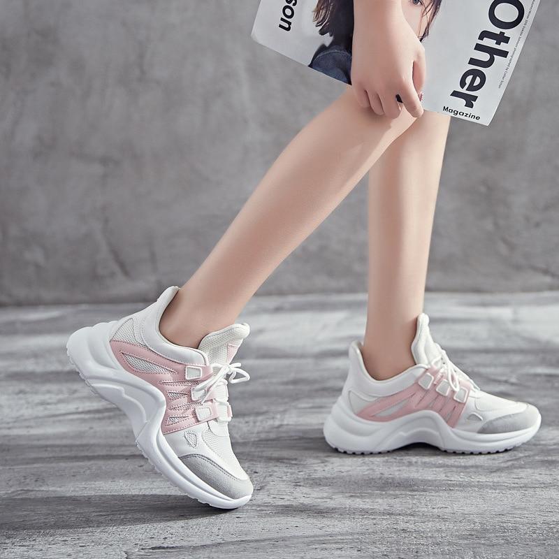 Женские кроссовки; коллекция 2019 года; Повседневная дышащая обувь из сетчатого материала; женские модные кроссовки со шнуровкой; женская Вулканизированная обувь на платформе