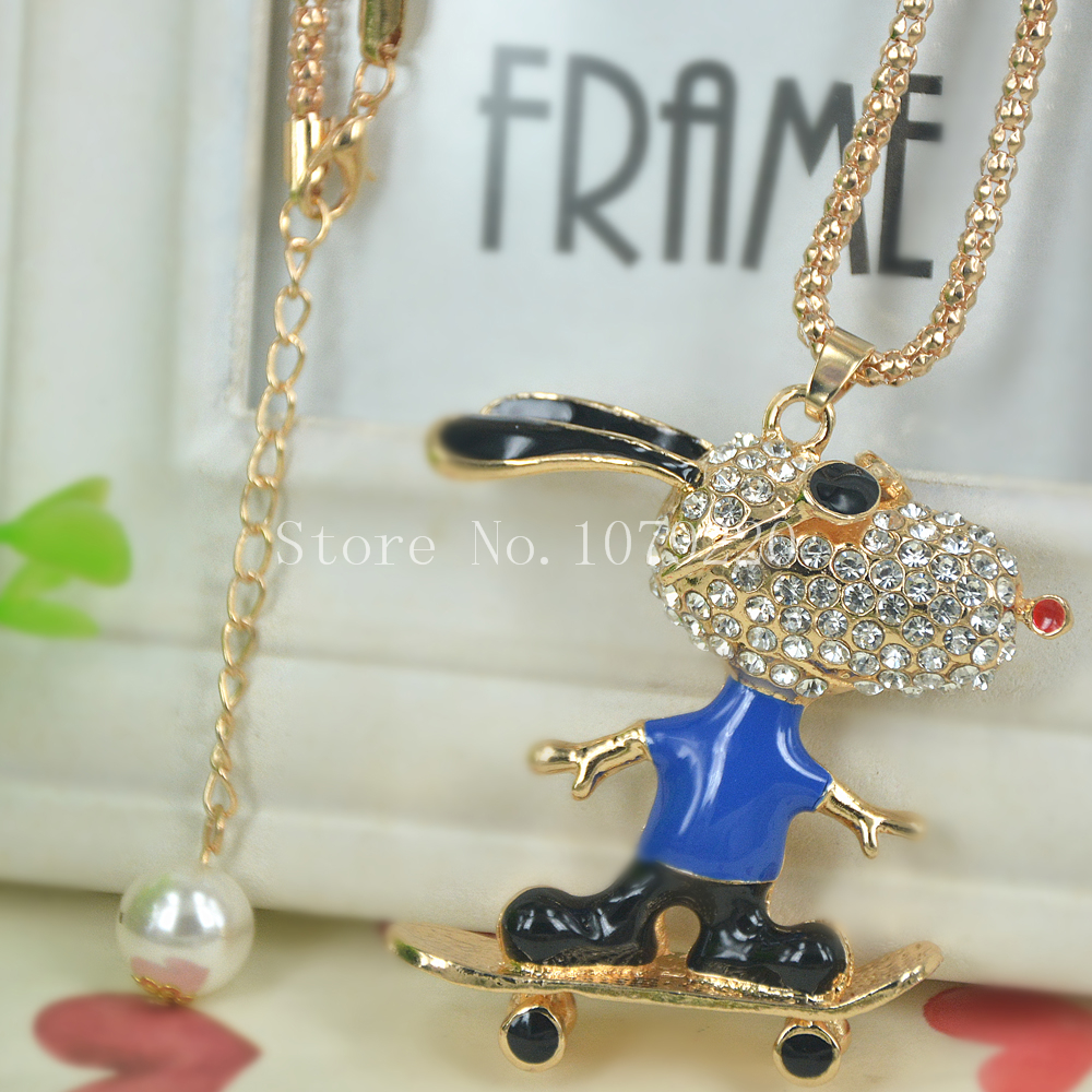 Skateboarding Dog Sweater Bead Necklace Jewelry Crystal Women Long Necklace Pendants Rhinestone Chain Christmas Valentines Gift