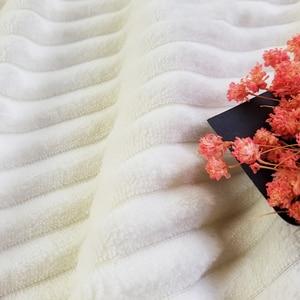 Image 3 - Reversible Künstliche Wolle Decke Super Weiche Frühling Sommer Werfen Einfarbig Einzigen Doppel Größe Korallen Fleece Sherpa Decken