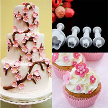 4Pcs/Set Plum Flower Plunger Fondant Mold Cutter Sugarcraft Cake tools Decorating Christmas Tools