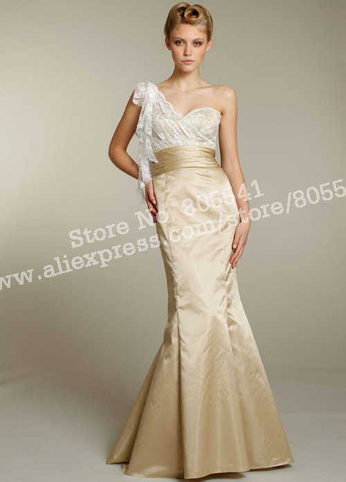 Hot Selling Mermaid Trumpet One shoulder Fabulous Lace Long Gold Satin  Bridesmaid Dresses BMD101511-in Bridesmaid Dresses from Weddings   Events  on ... ee2dc8f7d71f