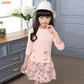 IAiRAY brand new 2017 primavera manga longa meninas vestido de camisola com bolsos moda da menina em torno do pescoço camisola rosa crianças floral vestido