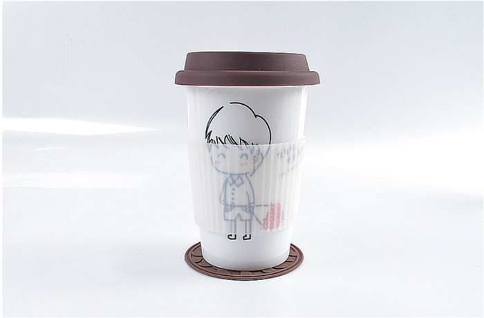 Creative ceramic mug cup with lid brief beauty girl boy bottle white black milk fashion kids drinkware gift 350ml free shipping