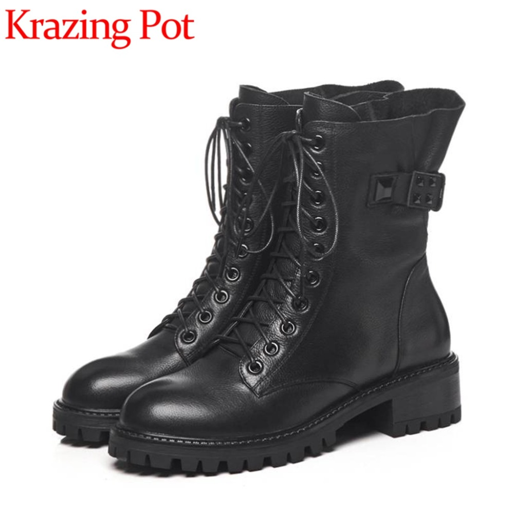 High quality handmade black color cow leather med chunky heels round toe buckle belt rivets zip large size motorcycle boots L66High quality handmade black color cow leather med chunky heels round toe buckle belt rivets zip large size motorcycle boots L66