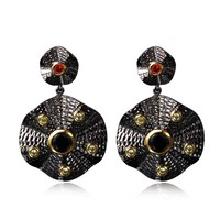 Unique Trending Earrings Evening Gown Black Gold Color Contrast Fashion Jewelry 2018 Fabulous Finds Irregular Disc