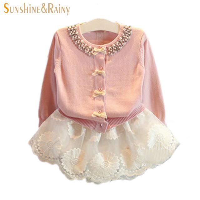 Nuevo Otoño Bebé de la Princesa Niñas Suéter chaqueta de Punto de Algodón Para Las Muchachas Con Incrustaciones de Perlas Arco Niños Lindo Suéter Suéteres de Las Muchachas Para El Partido
