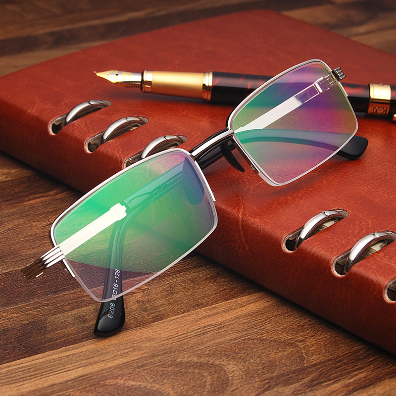 2018 New Real Men Gafas De Lectura Male And Female Anti - Fatigue High Definition Of Old Flower Glasses Metal Reading Glasses.