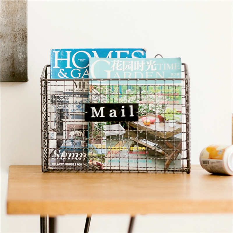Simple Living Room Wall Hanging Creative Newspaper Frame 36X13X28cm Shelves Metal Magazine Rack Storage