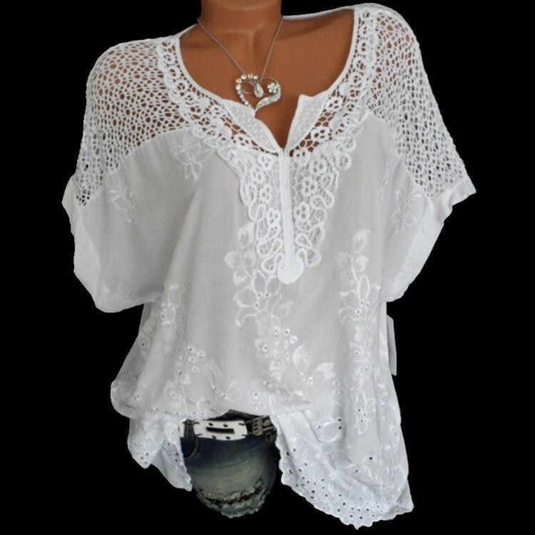 4XL mujeres blusas de encaje Sexy cuello V manga corta bordado Batwing camisa blanco verano Tops dulce Plus tamaño 5XL camisas