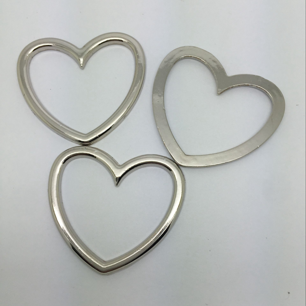 5pcs Vintage Heart Circles For DIY Jewelry Necklace Choker Accessories Neck Leg Ring Making Garter Belt Craft Findings 44mm