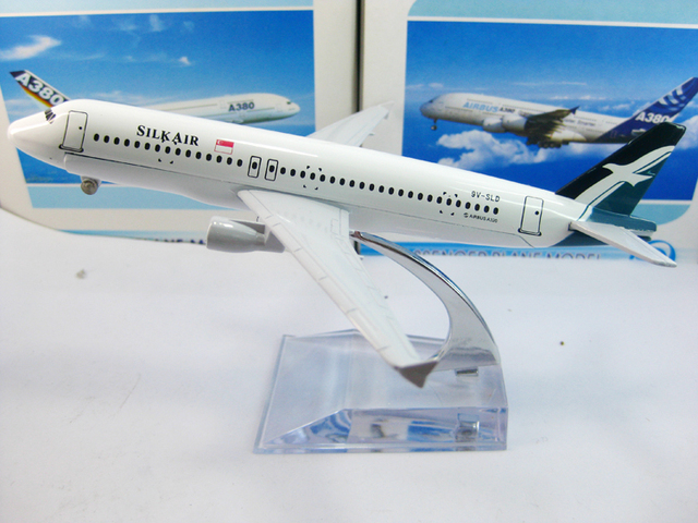 Free Shipping: China Post, Singapore Airlines A320 Silkair, 16cm, metal airplane models,airplane model