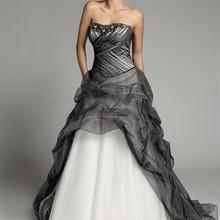 cec8cceffac5 A linha de Longo Gótico Preto E Branco Vestidos De Casamento 2019 Nova  Namorada Corset Pick