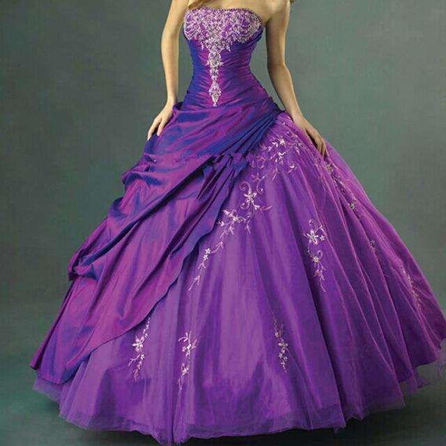 Baratos purple vestidos de quinceañera 2017 cordón moldeado sin tirantes vestidos de 15 anos de debutante vestido sweet 16 vestidos de bola mascarada vestido