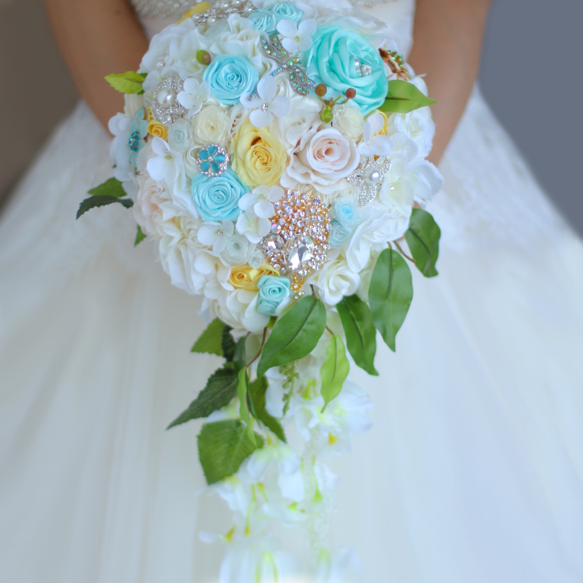 Bouquet Sposa Rose Avorio.Wedding Bouquet Da Sposa Cascata Stile Bouquet Immortalati Rose