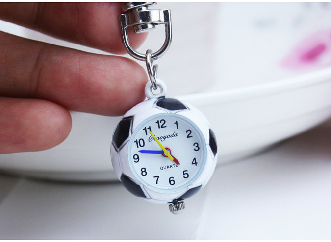 New Fashion Cute Football Basketball Golf Ball Shaped Small Quartz Pocket Watch Analog Pendant Keychain Mens Womens Gifts