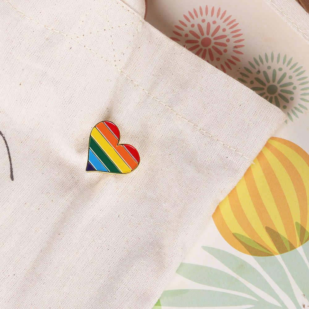 1/2 adet Unisex Yaka Pin Takı Aksesuarları Gökkuşağı Kalp Emaye Pimleri Eşcinsel Rozeti Yaka Denim Şapka Broş Erkekler kadın