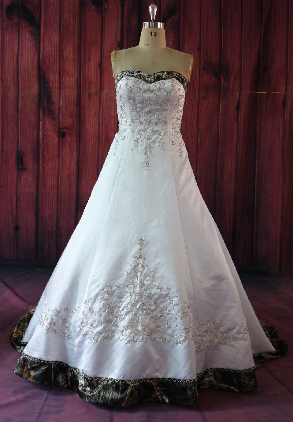 New arrival embroidery camo ball gown wedding dresses