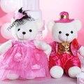 40 cm 2 unids/lote boy and girl oso regalo de boda rojo de la boda sombrero de oso de peluche juguetes de China vestido rojo los amantes del oso de San Valentín presente