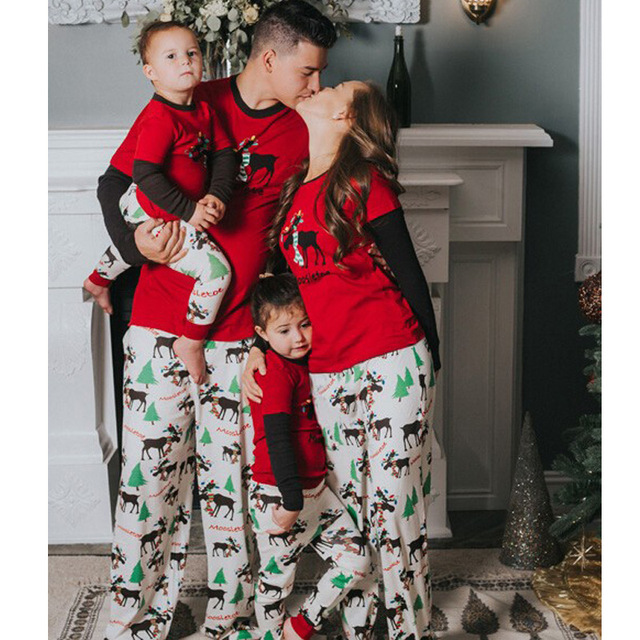 Family matching Christmas pajamas Xmas pyjamas parents-child deer pijamas  familia fun holiday pjs for adults kids bother sister 18c262c05