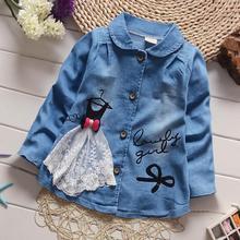 Джинсовые куртки для маленьких девочек с кружевом и принтом «carrtoon» новые весенне-осенние пальто принцессы Детская Хлопковая верхняя одежда для детей от 12 месяцев до 4 лет ws242