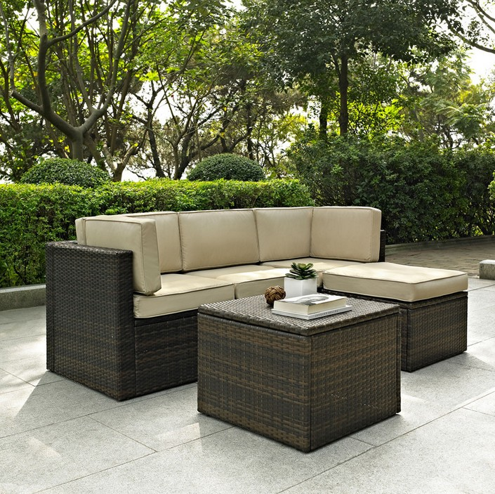 crosley palm harbor 5 piece outdoor wicker seating set
