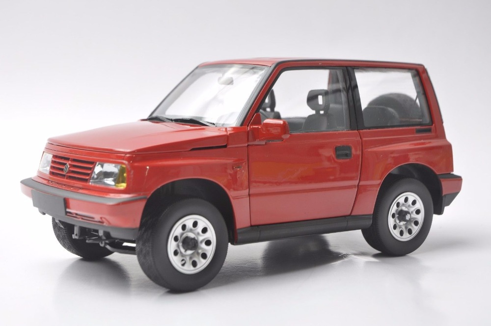 1:18 Diecast Model per Suzuki Vitara Escudo 1989 Rosso Giocattolo In Lega Auto In Miniatura Regali di Raccolta Gran
