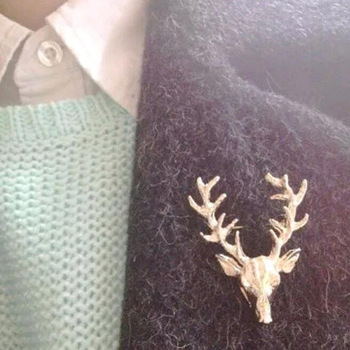 New Hot 1 pcs Hot Unisex Animal Christmas Xmas Popular Cute Gold Plated Deer Antlers Head Pin Brooches Styling Jewelry