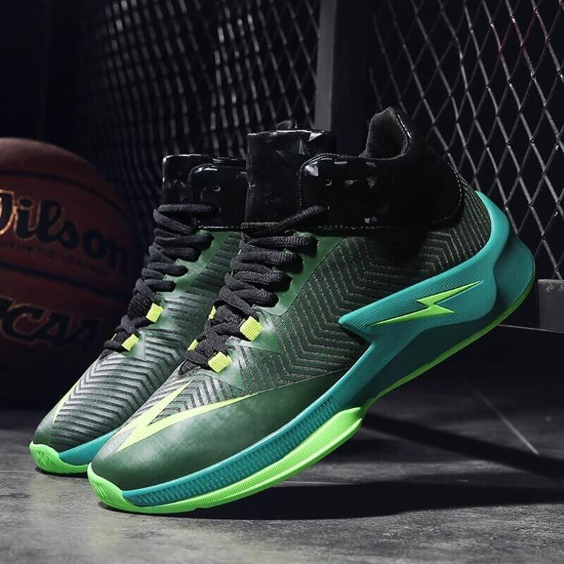 14d8218890 2018 mennew Curry 3 intermitente tela neta zapatos de baloncesto a prueba  de explosiones sistema del estadio real arma de combate zapatos 45 46 en  Zapatos ...