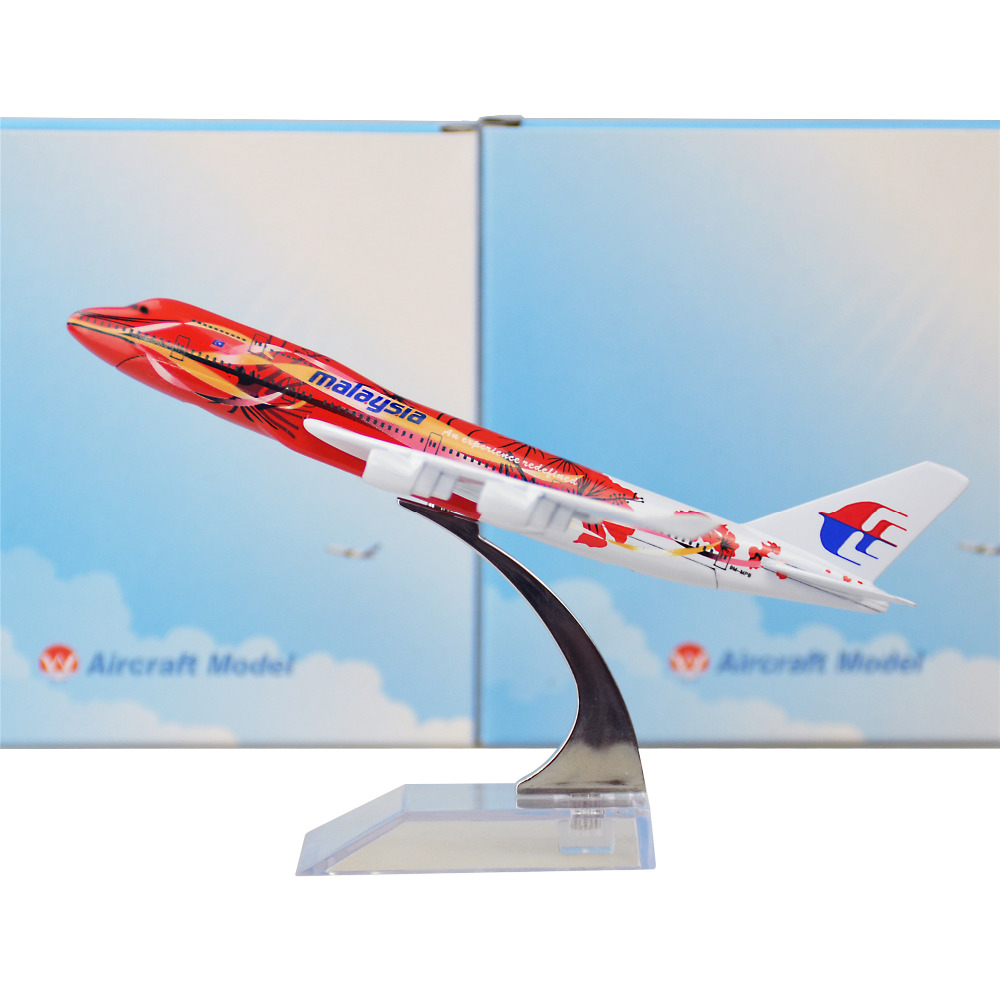Aliexpress.com : Buy Malaysia Airlines Hibiscus Boeing 747 16cm Airplane Metal Birthday Gift
