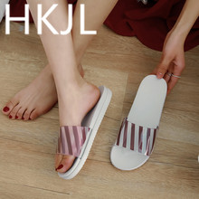 HKJL Slippers 2019 Women Wear Thick-soled Summer Outdoor Flat-soled Anti-skid Beach Korean Fashion Transparent Sandals Q004
