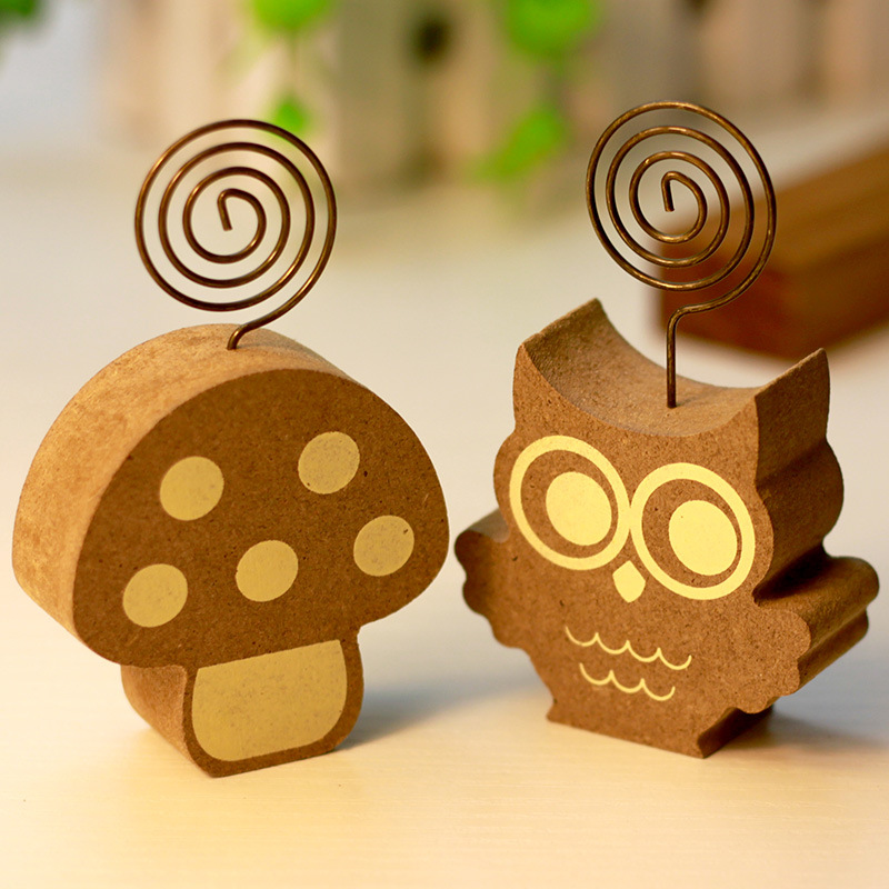 1Pcs Wood Mushroom Hedgehog Owl Tree Memo Pincer Clips Paper Photo Clip Holder Wooden Small Clamps Stand Peg Desk Gadget E2166